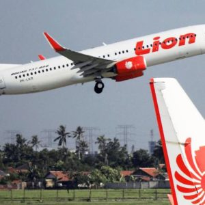 Lion Air Plane Crashes Into Java Sea With 189 People On Board